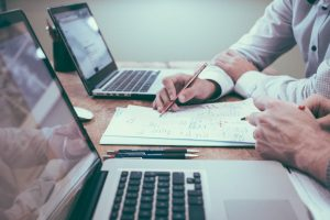 When to hire an accountant
